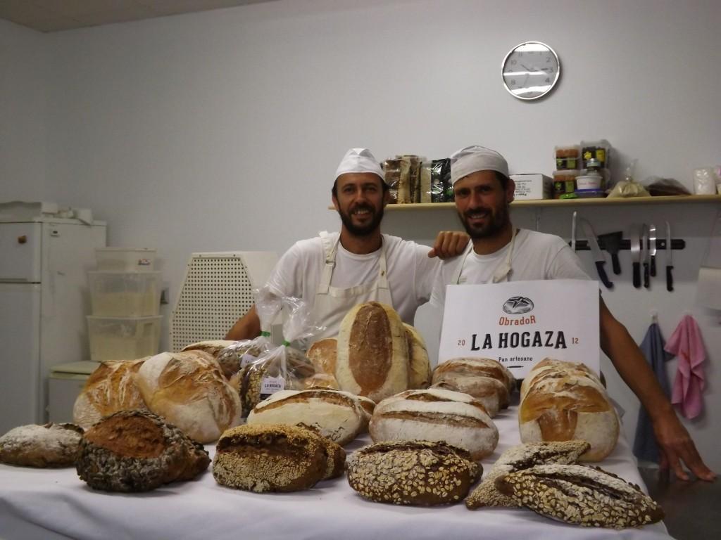 Obrador artesano de panes ecológicos elaborados con masa madre.